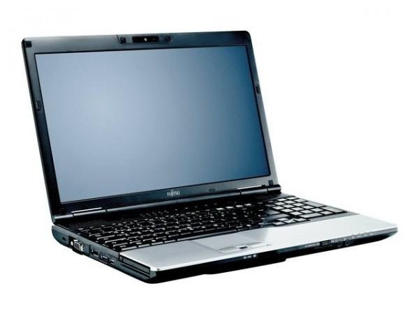 Fujitsu Lifebook E782 15,6 Zoll Intel Core i7 500GB Festplatte 8GB Speicher