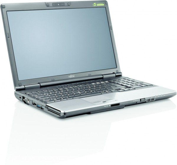 Fujitsu Lifebook E782 15,6 Zoll Intel Core i5 320GB 8GB Speicher
